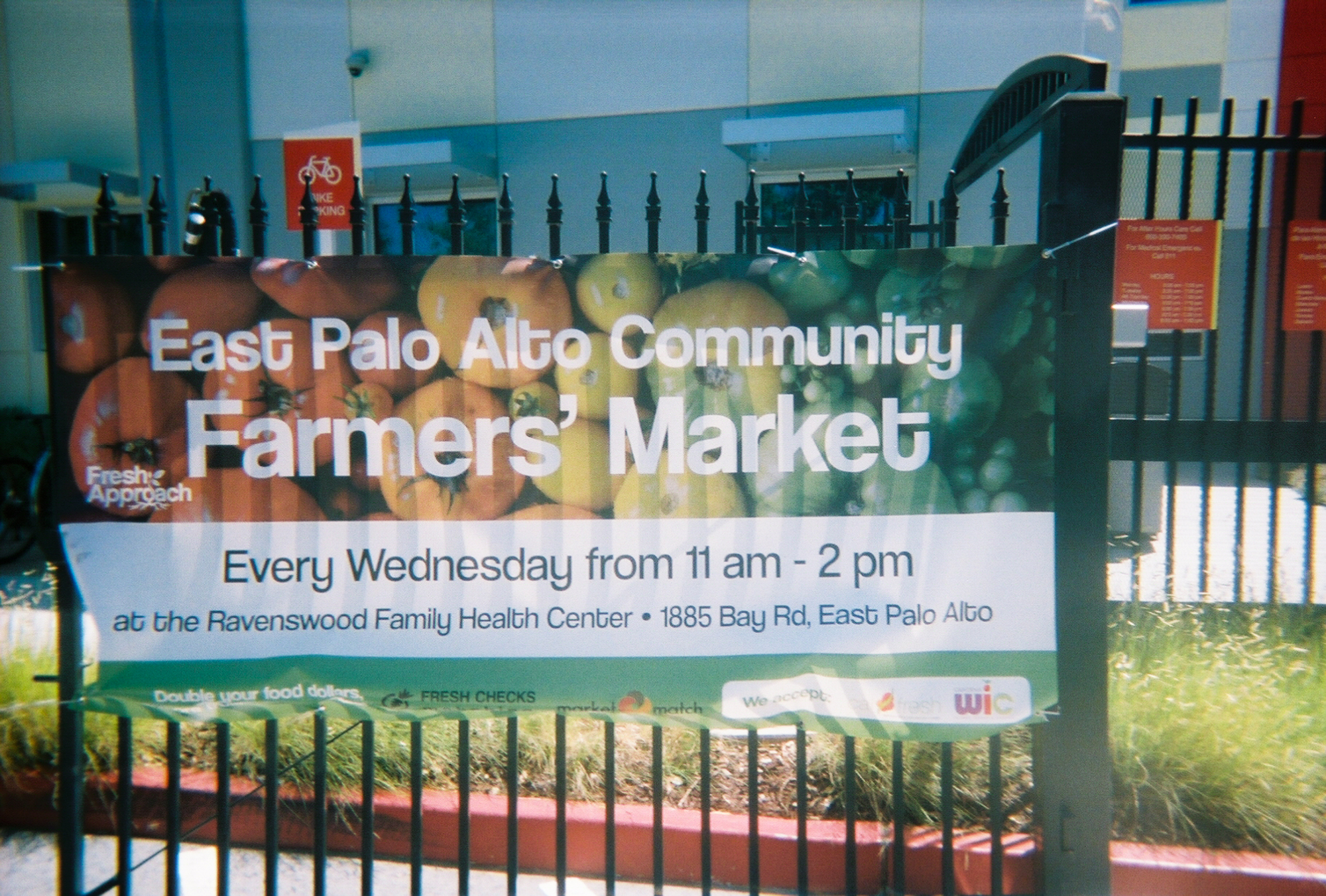 The East Palo Alto Farmers Market is held Wednesdays from 11 a.m. to 2 p.m. at the Ravenswood Family Health Center at 1885 Bay Rd. It accepts CalFresh and coupons from the WIC Farmers' Market Nutrition Program for women and children in addition to cash and credit cards. (Photo by Yahari Mendoza, 11.)