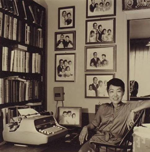 Gloria Hom in her home office during the 1980s. Photo courtesy of the Palo Alto Historical Association.